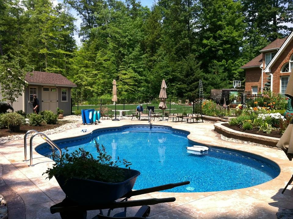 Pool surrounds brennan landscaping for Garden pool surrounds